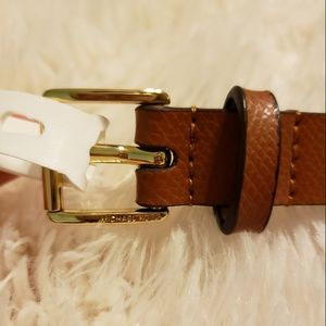 Michael Kors Brown Leather Belt 😍 NWT